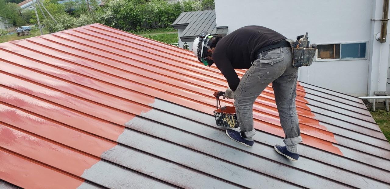 屋根錆止め塗装作業